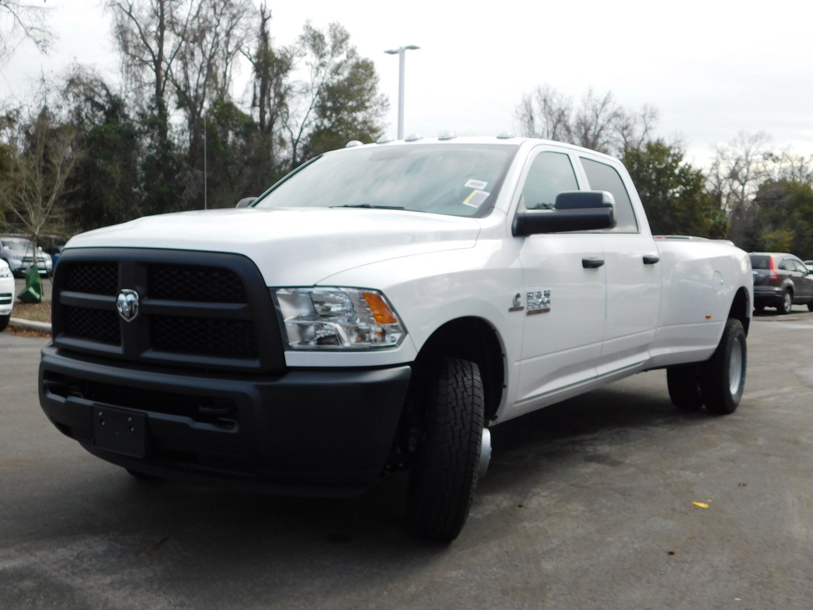 2018 Ram 3500 Crew Cab DRW 4x2,  Pickup #180456 - photo 4