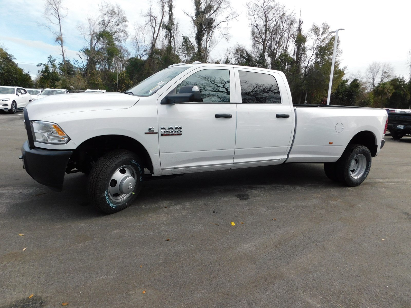 2018 Ram 3500 Crew Cab DRW 4x2,  Pickup #180456 - photo 6