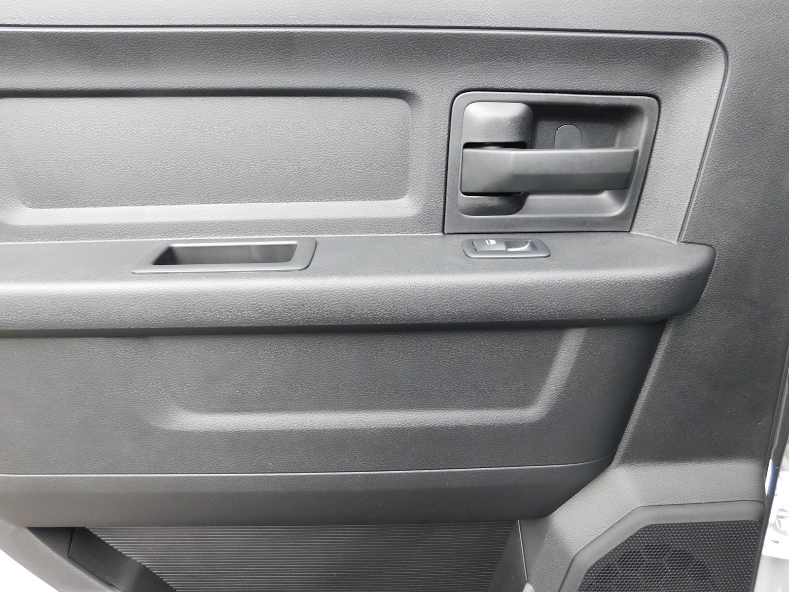 2018 Ram 3500 Crew Cab DRW 4x2,  Pickup #180456 - photo 24