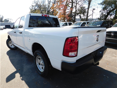 2018 Ram 1500 Quad Cab 4x2,  Pickup #180536 - photo 31