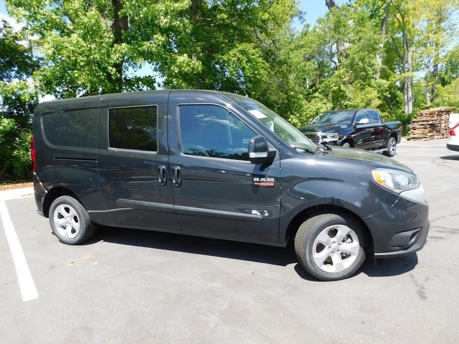 2018 ProMaster City FWD,  Empty Cargo Van #180832 - photo 5