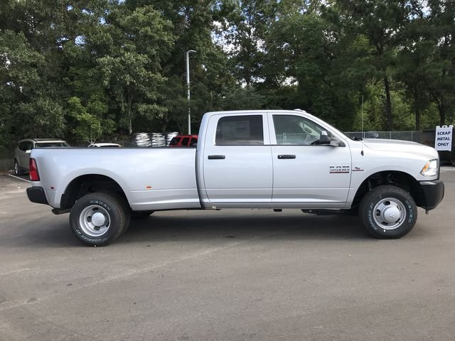 2018 Ram 3500 Crew Cab DRW 4x4,  Pickup #181737 - photo 3