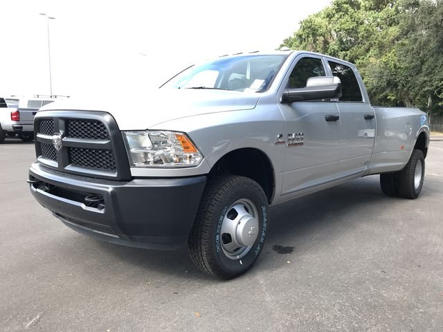 2018 Ram 3500 Crew Cab DRW 4x4,  Pickup #181737 - photo 7