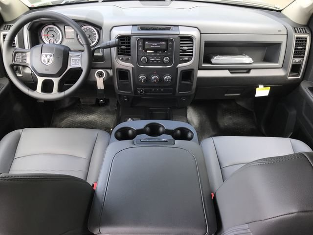 2018 Ram 3500 Crew Cab DRW 4x4,  Pickup #181737 - photo 23