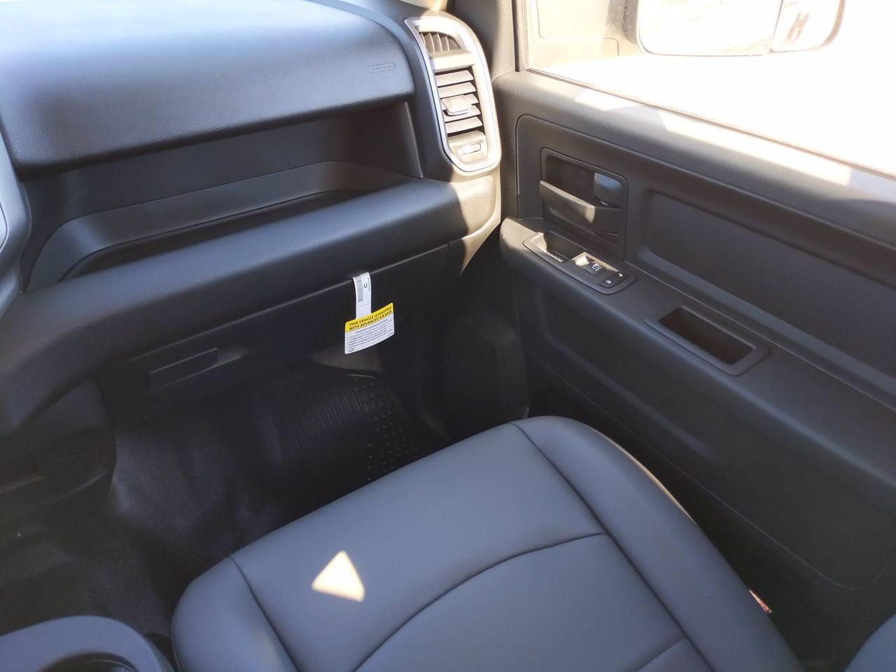 2020 Ram 5500 Crew Cab DRW 4x4, Cab Chassis #CL00174 - photo 27