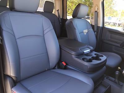 2020 Ram 5500 Crew Cab DRW 4x4, Cab Chassis #CL00174 - photo 17