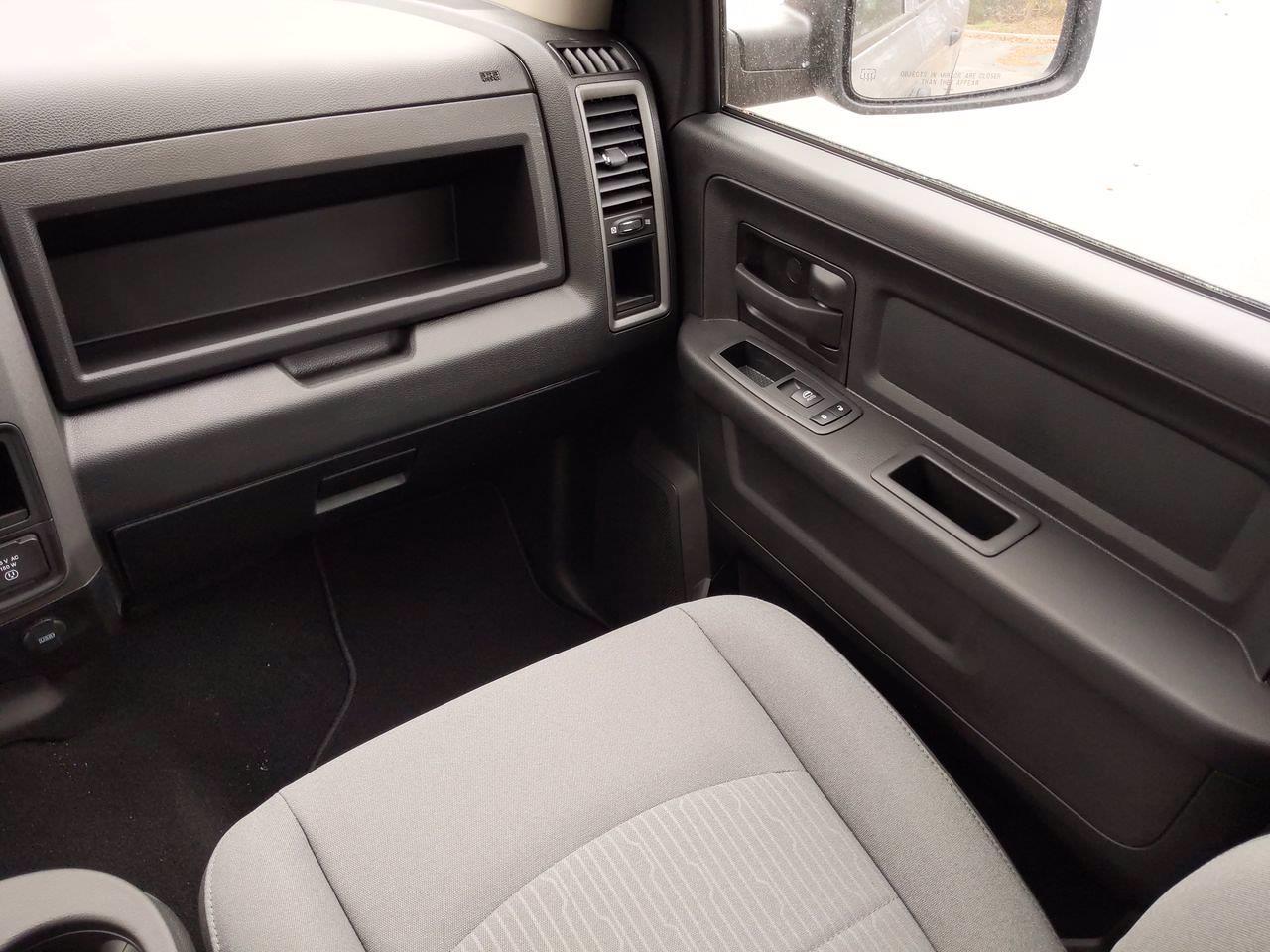 2021 Ram 1500 Classic Crew Cab 4x4, Pickup #CM00057 - photo 28