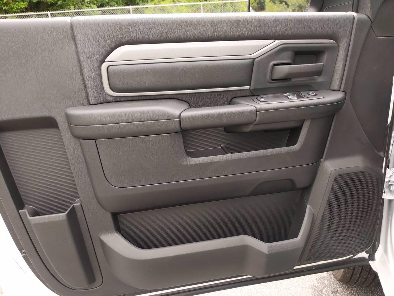2021 Ram 3500 Regular Cab DRW 4x2, Cab Chassis #CM00150 - photo 15