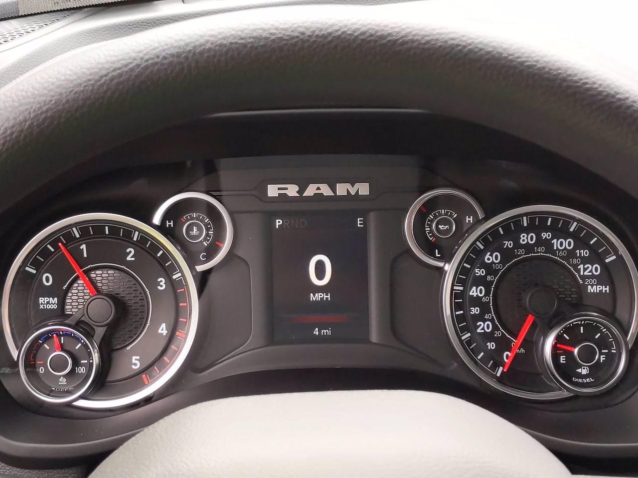 2021 Ram 3500 Regular Cab DRW 4x2, Cab Chassis #CM00150 - photo 24