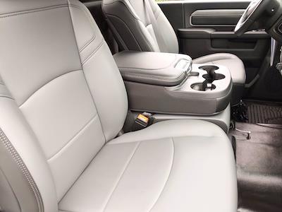 2021 Ram 3500 Regular Cab DRW 4x2, Cab Chassis #CM00150 - photo 31