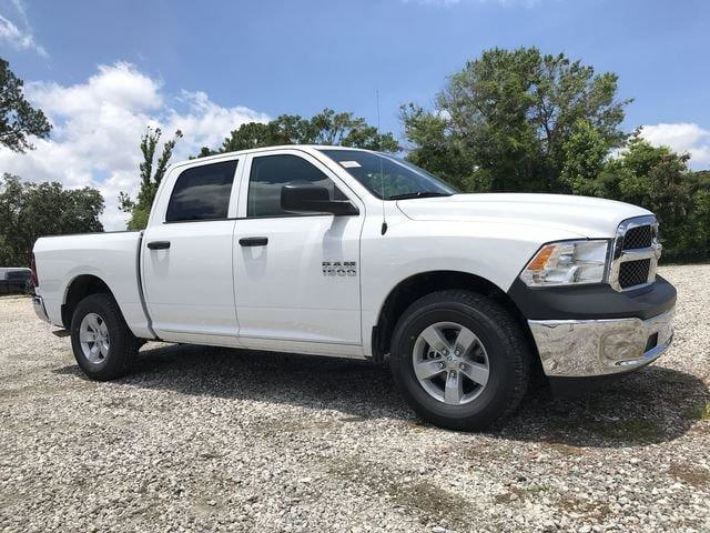2018 Ram 1500 Crew Cab 4x2,  Pickup #M180019 - photo 3