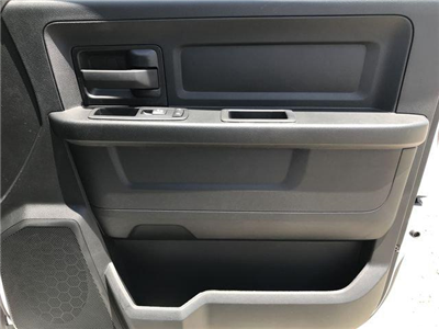 2018 Ram 1500 Crew Cab 4x2,  Pickup #M180019 - photo 17