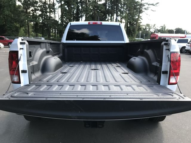 2018 Ram 3500 Crew Cab DRW 4x4,  Pickup #M180090 - photo 14
