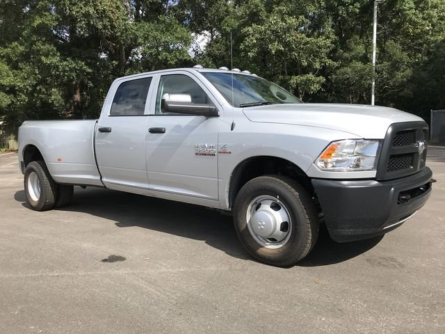 2018 Ram 3500 Crew Cab DRW 4x2,  Pickup #M180093 - photo 37