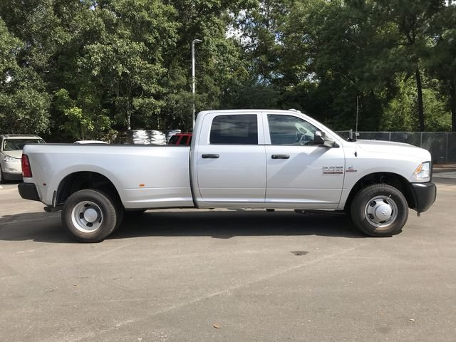 2018 Ram 3500 Crew Cab DRW 4x2,  Pickup #M180093 - photo 3