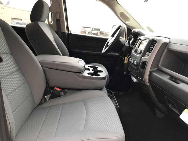 2018 Ram 3500 Crew Cab DRW 4x2,  Pickup #M180107 - photo 16