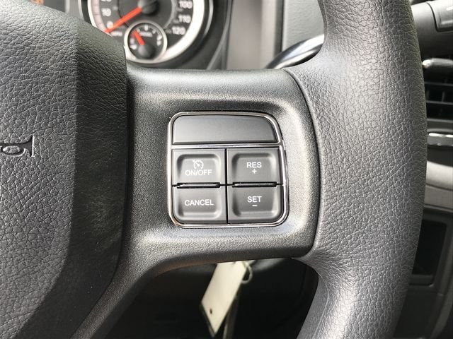 2018 Ram 3500 Crew Cab DRW 4x2,  Pickup #M180107 - photo 31