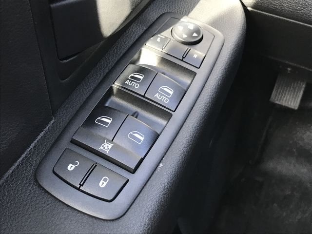 2018 Ram 3500 Crew Cab DRW 4x2,  Pickup #M180123 - photo 29