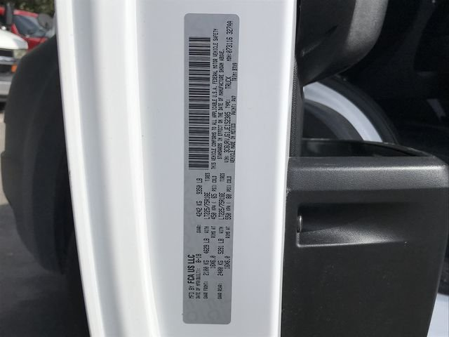 2018 ProMaster 3500 High Roof FWD,  Empty Cargo Van #M180124 - photo 32