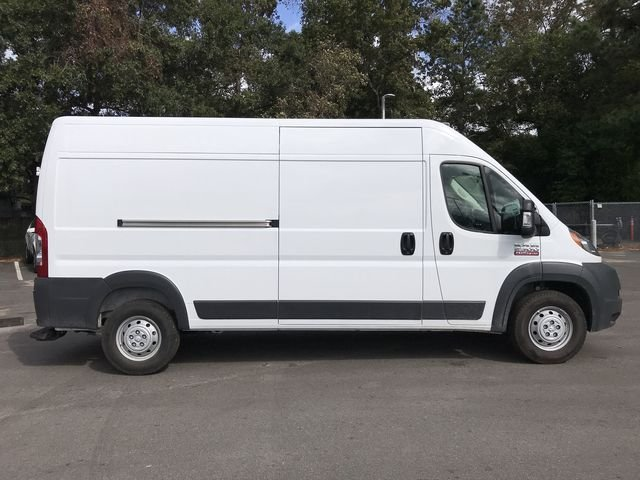 2018 ProMaster 2500 High Roof FWD,  Empty Cargo Van #M180126 - photo 4