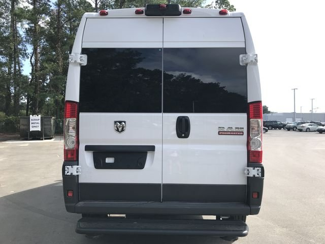 2018 ProMaster 2500 High Roof FWD,  Empty Cargo Van #M180126 - photo 5