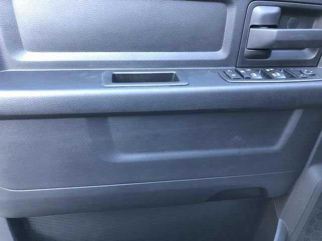 2018 Ram 3500 Crew Cab DRW 4x2,  Platform Body #M180217 - photo 20