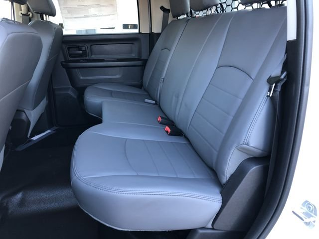 2018 Ram 3500 Crew Cab DRW 4x2,  Platform Body #M180217 - photo 22