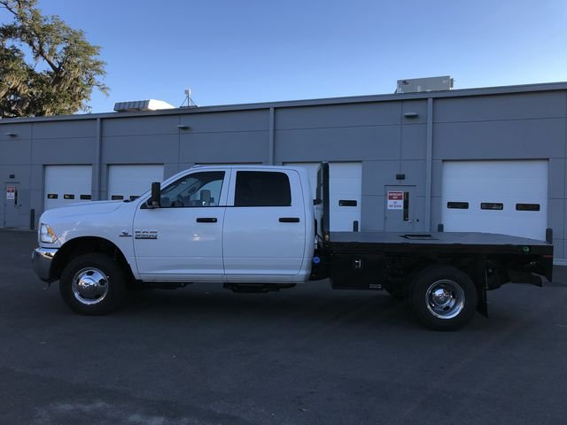 2018 Ram 3500 Crew Cab DRW 4x2,  Platform Body #M180217 - photo 7