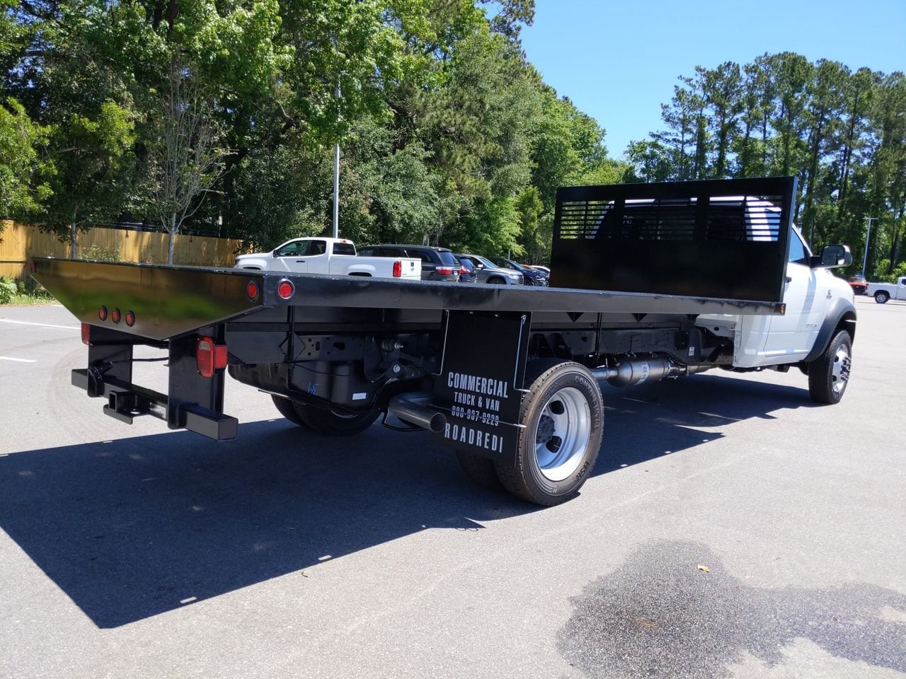 2019 Ram 5500 Regular Cab DRW 4x2, Commercial Truck & Van Equipment Platform Body #M190599 - photo 1