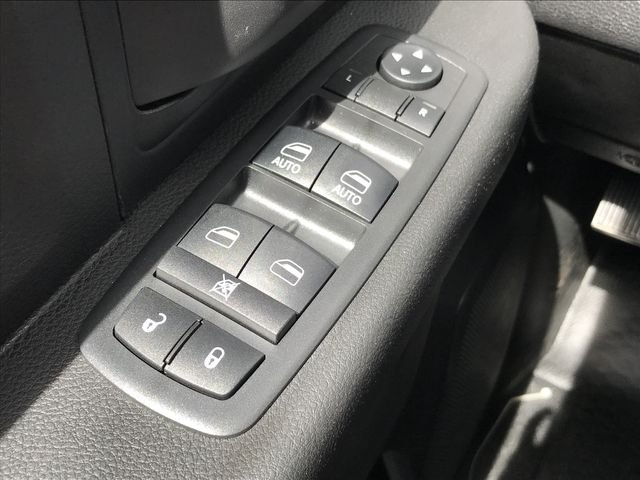2018 Ram 3500 Crew Cab DRW 4x2,  Cab Chassis #MS180049 - photo 28