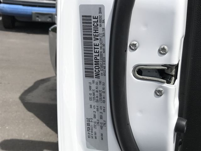 2018 Ram 3500 Crew Cab DRW 4x2,  Cab Chassis #MS180049 - photo 34