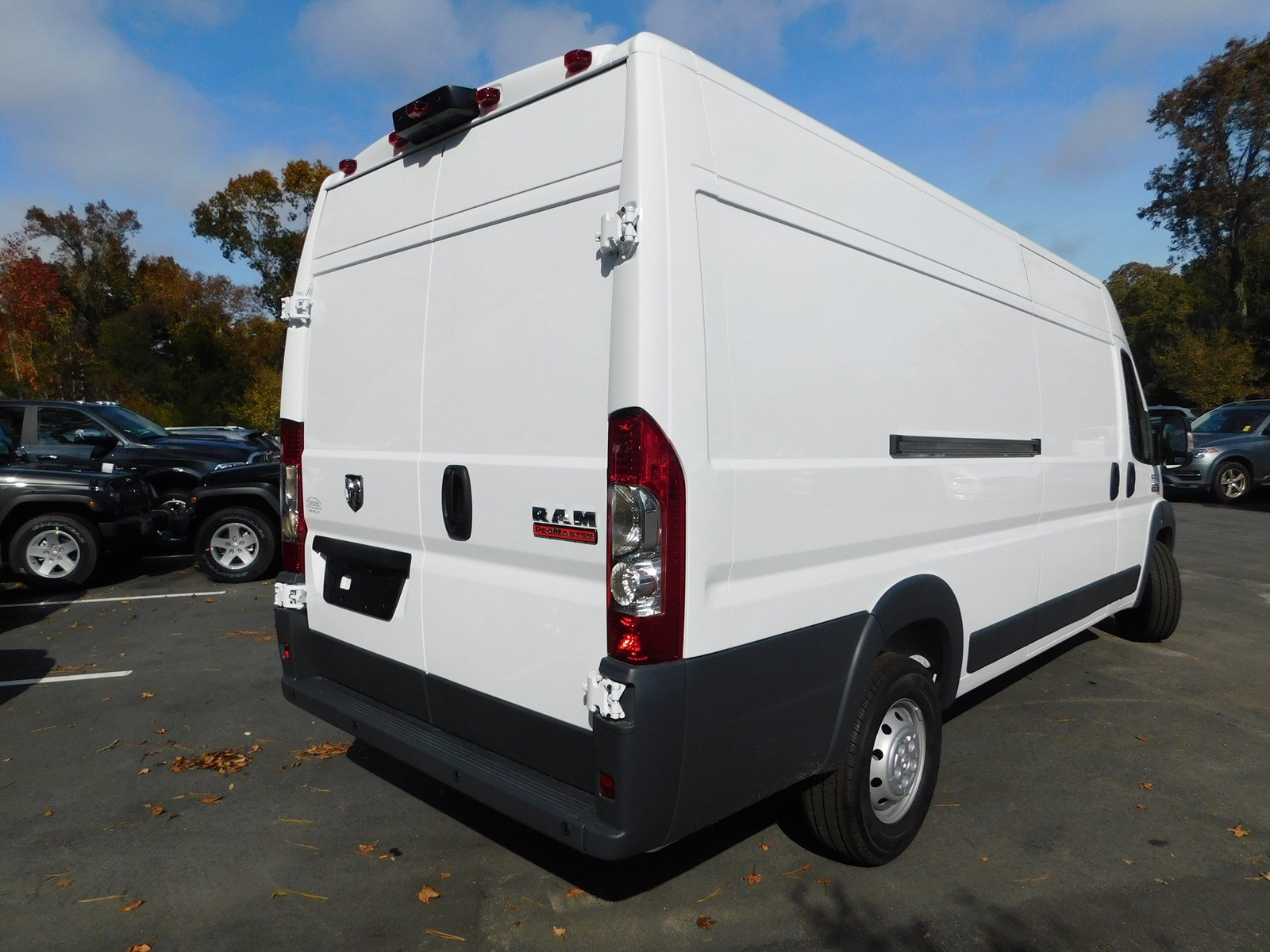 2018 ProMaster 3500 High Roof,  Empty Cargo Van #S180225 - photo 3