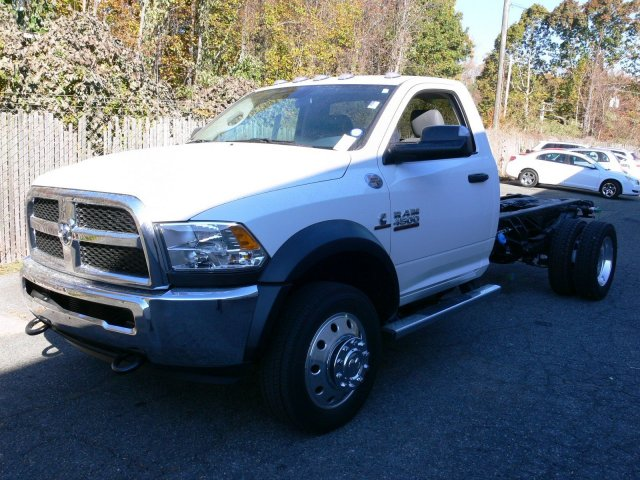 2017 Ram 4500 Regular Cab DRW 4x4, Cab Chassis #17159 - photo 9