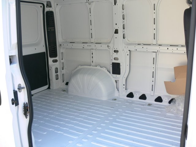 2017 ProMaster 1500 Low Roof Cargo Van #17379 - photo 19