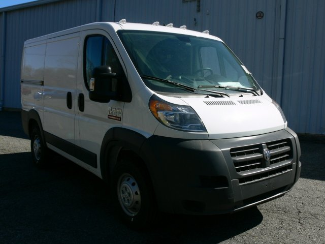 2017 ProMaster 1500 Low Roof Cargo Van #17379 - photo 3