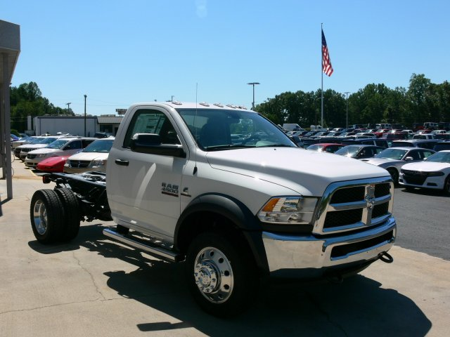 2017 Ram 4500 Regular Cab DRW, Cab Chassis #17910 - photo 12