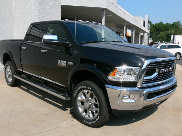 2017 Ram 2500 Crew Cab 4x4 Pickup #17930 - photo 14