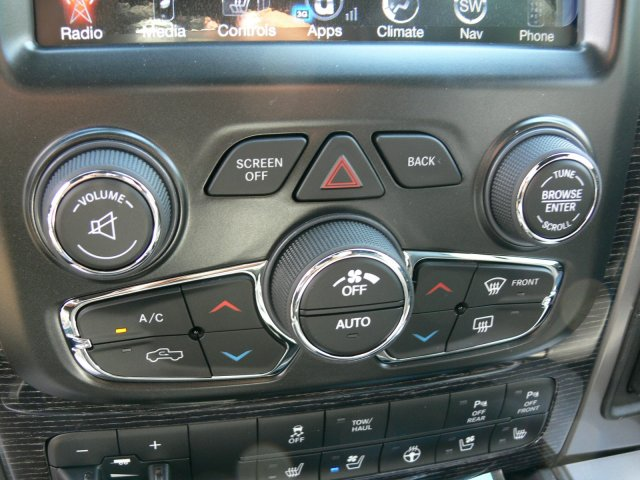 2017 Ram 2500 Crew Cab 4x4 Pickup #17930 - photo 29