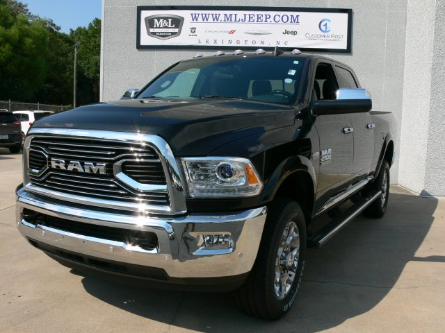 2017 Ram 2500 Crew Cab 4x4 Pickup #17930 - photo 3