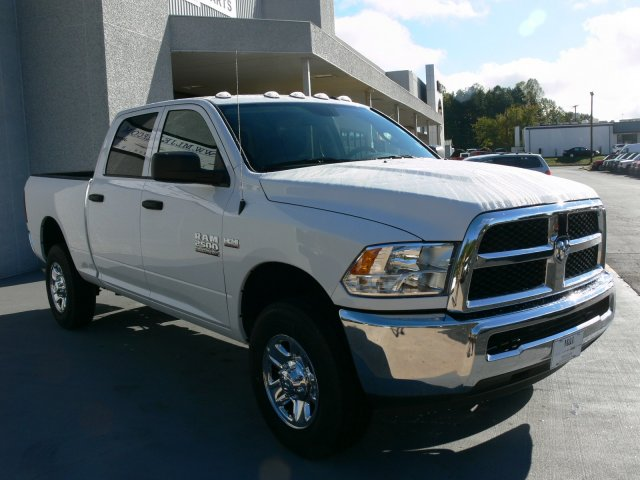 2018 Ram 2500 Crew Cab 4x4 Pickup #18070 - photo 11