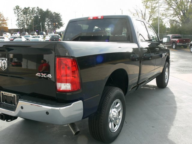 2018 Ram 2500 Crew Cab 4x4 Pickup #18085 - photo 11