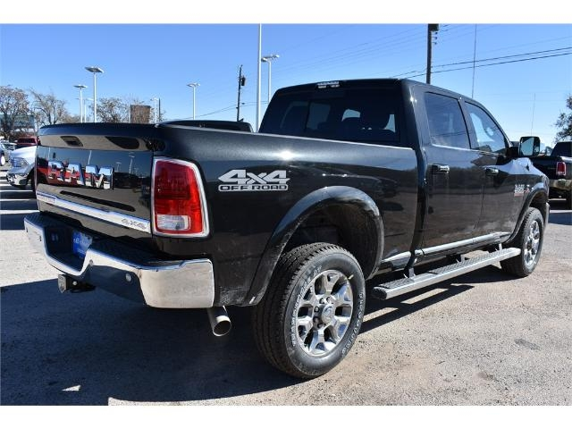 2017 Ram 2500 Crew Cab 4x4, Pickup #HG538155 - photo 2