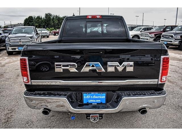 2017 Ram 1500 Crew Cab 4x4, Pickup #HS635516 - photo 4