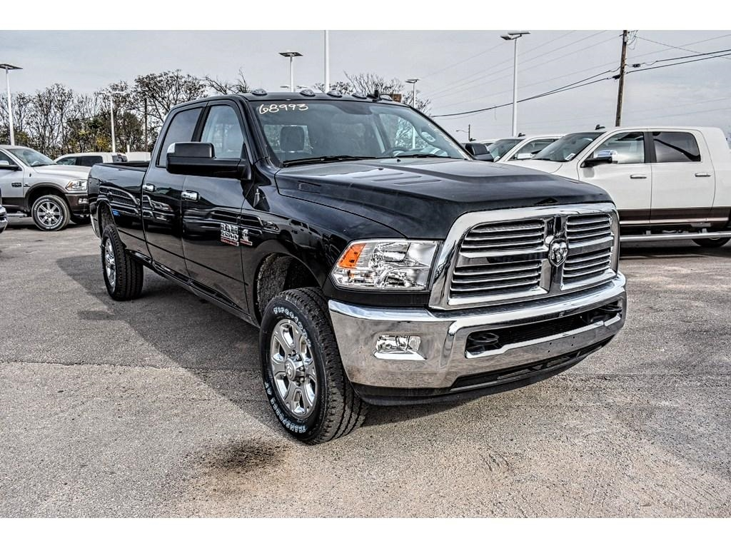 2018 Ram 3500 Crew Cab 4x4, Pickup #JG103712 - photo 3