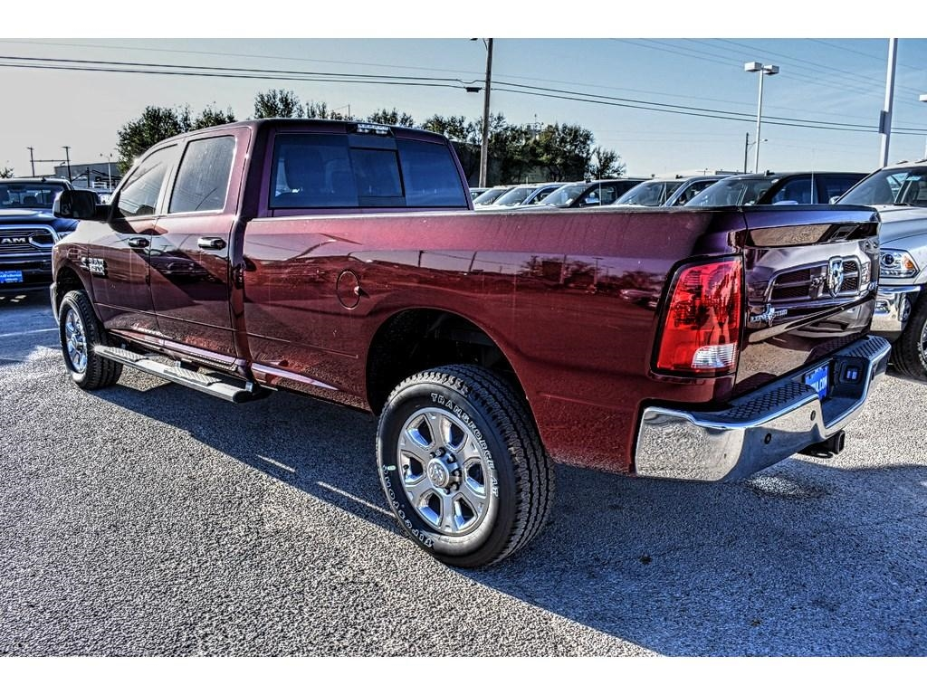 2018 Ram 3500 Crew Cab 4x4, Pickup #JG111965 - photo 8