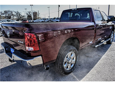 2018 Ram 3500 Crew Cab 4x4, Pickup #JG111965 - photo 11