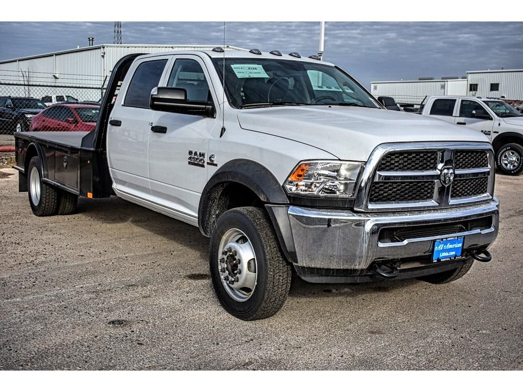 2018 Ram 4500 Crew Cab DRW 4x4, CM Truck Beds Platform Body #JG128960 - photo 3