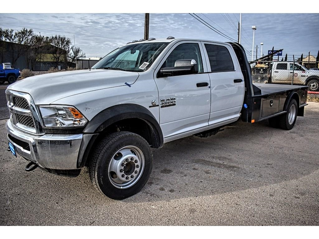 2018 Ram 4500 Crew Cab DRW 4x4, CM Truck Beds Platform Body #JG128960 - photo 6