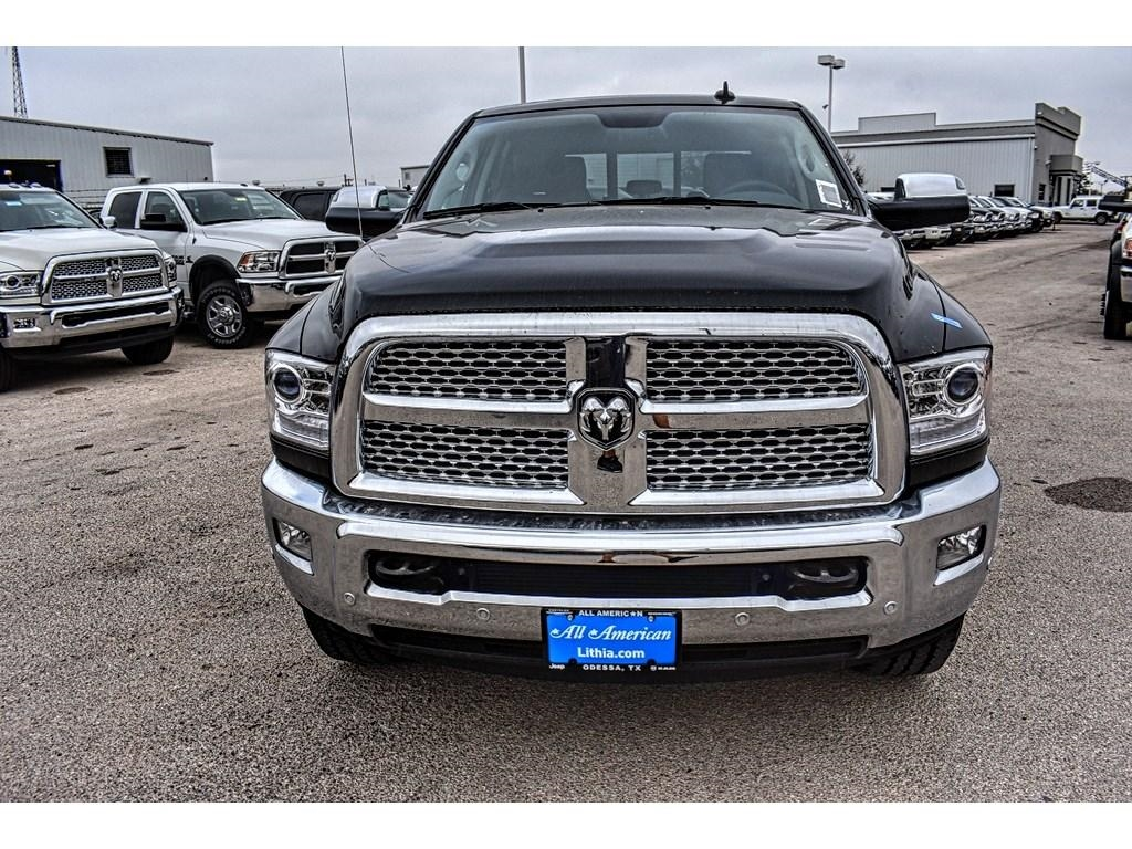 2018 Ram 3500 Crew Cab 4x4, Pickup #JG140730 - photo 4