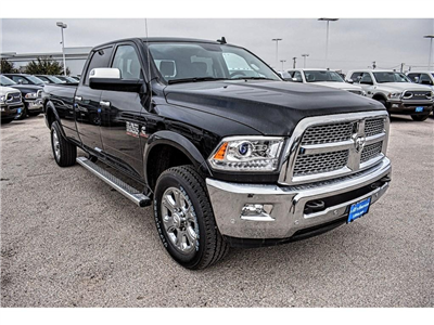 2018 Ram 3500 Crew Cab 4x4 Pickup #JG140730 - photo 3